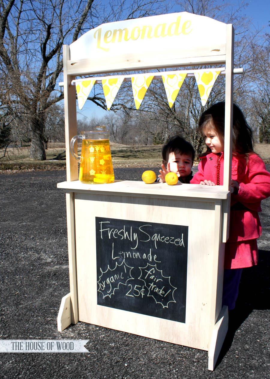 playstand_lemonade
