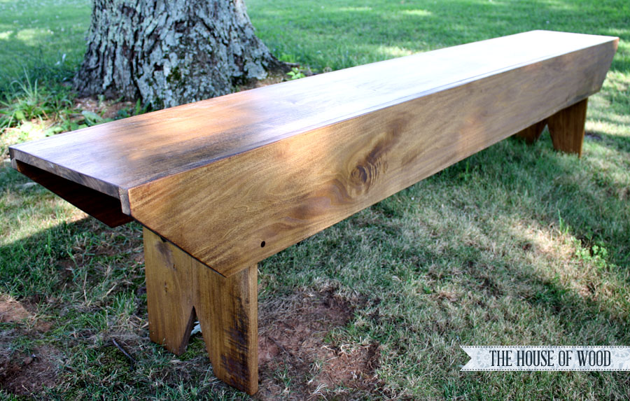 Build this Pottery Barn-inspired bench with just 3 pieces of wood! Super easy DIY beginning project! | www.jenwoodhouse.com/blog