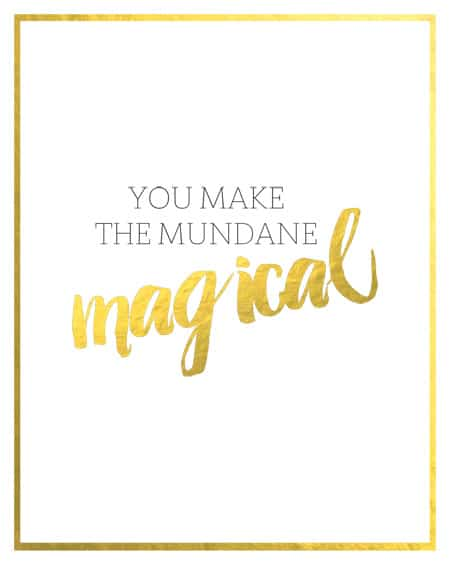 Bring a little sparkle to your walls with this free printable by Jen Woodhouse of The House of Wood | www.jenwoodhouse.com/blog