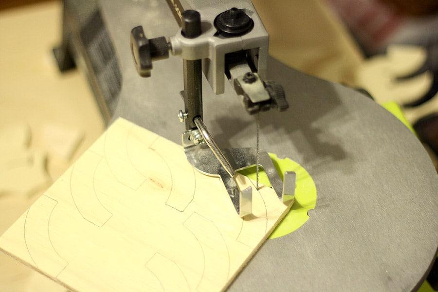 cutting curves on a scroll saw