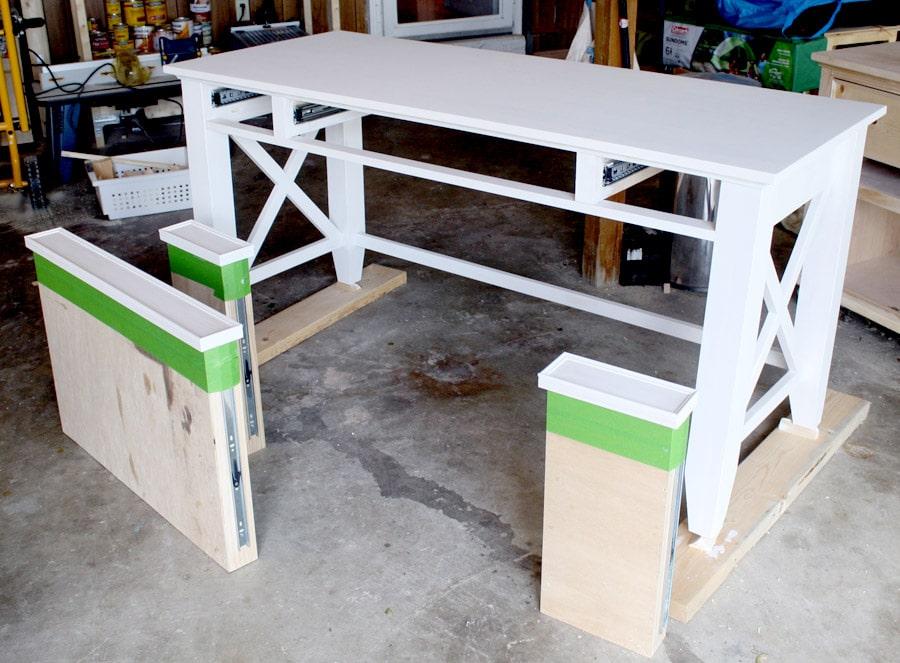How to prime a DIY desk
