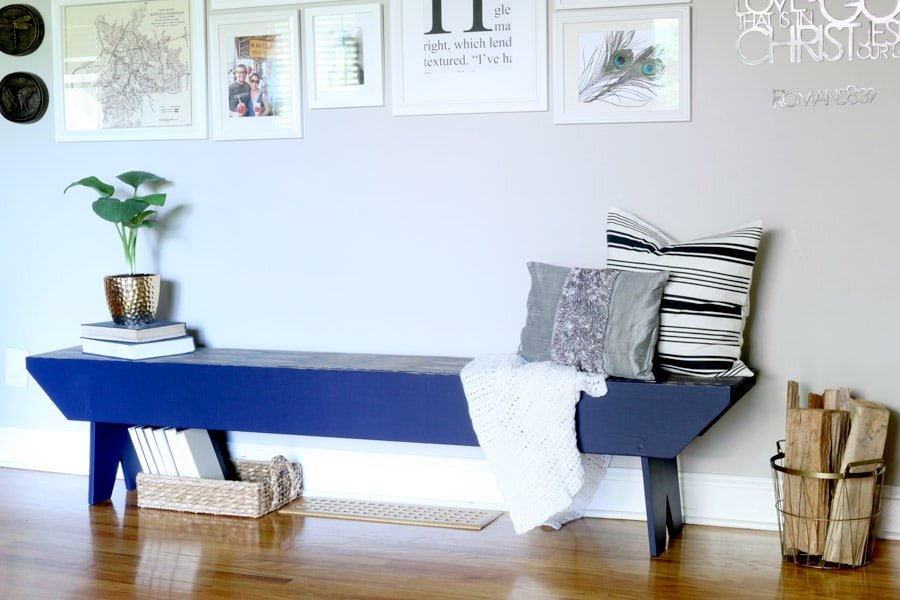 Great tutorial on how to stencil a bench