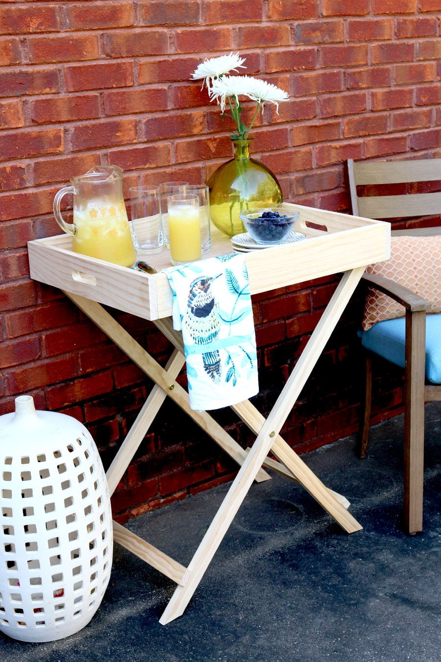 Tutorial on how to build a DIY West Elm Butler Stand