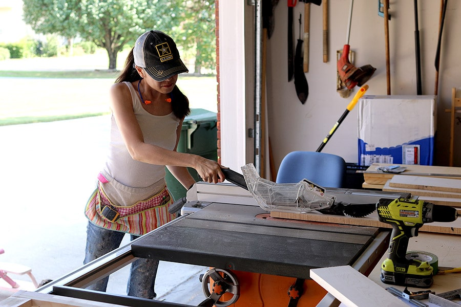 donny-dresser-table-saw