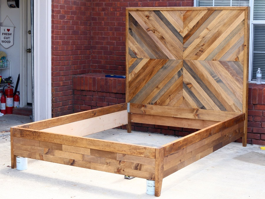 how to build a diy reclaimed wood chevron west elm alexa bed. Black Bedroom Furniture Sets. Home Design Ideas