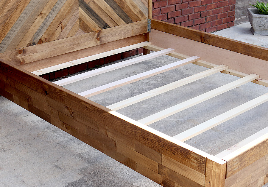 How to build a West Elm bed - LOVE this! Doesn't look too hard to build.