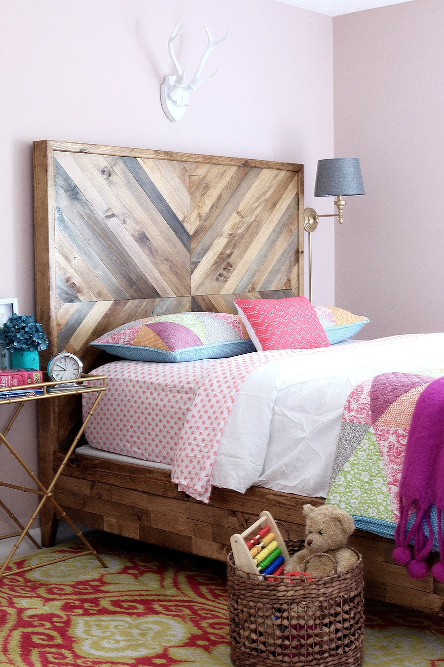 How To Build A Diy Reclaimed Wood Chevron West Elm Alexa Bed