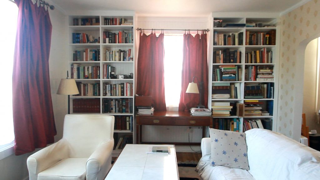 How to build a built-in bookshelf