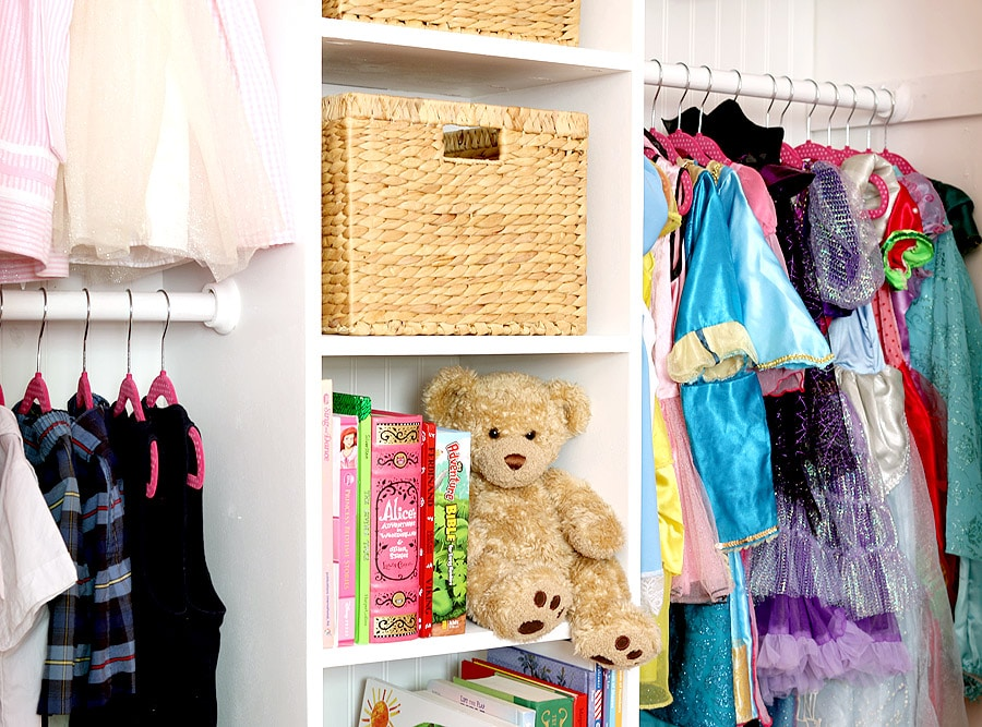 How to build and organize a girl's closet