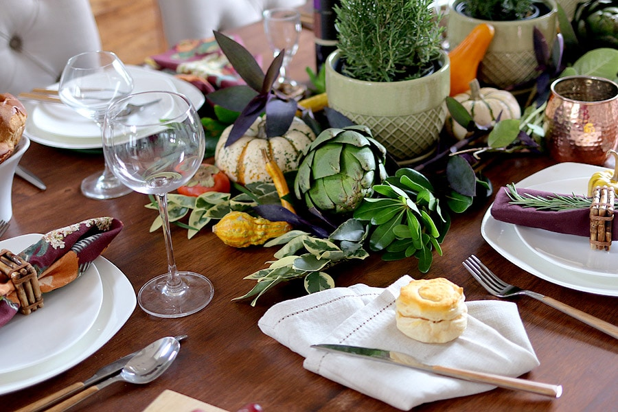 Fall Thanksgiving table setting via Jen Woodhouse