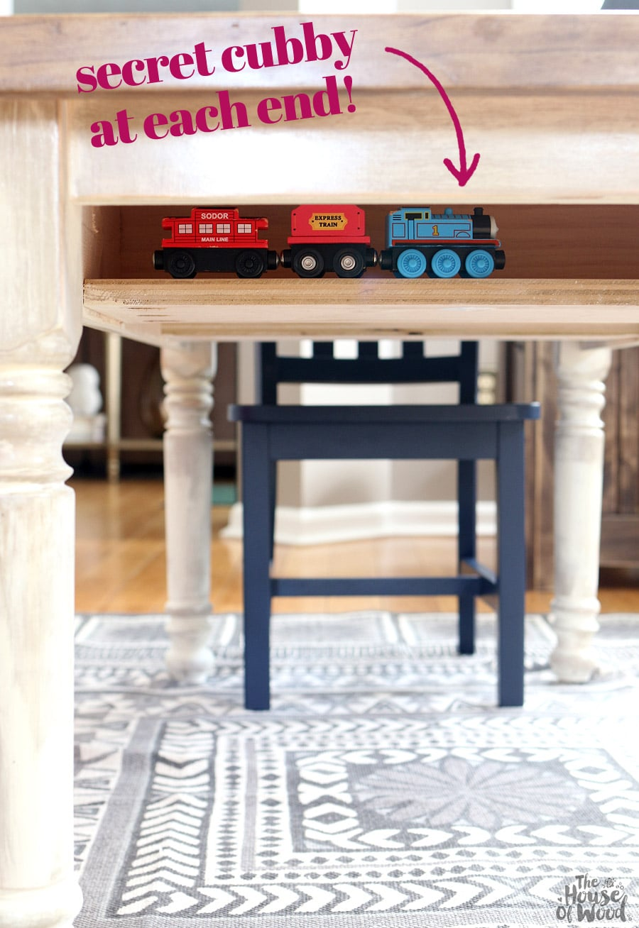 How to build a DIY kids farmhouse table with storage