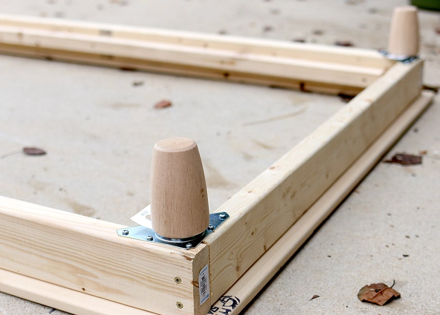 How to install furniture feet