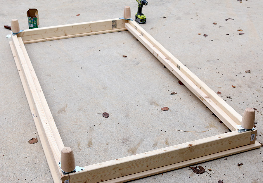 How to build a DIY Twin Platform Bed | Jen Woodhouse