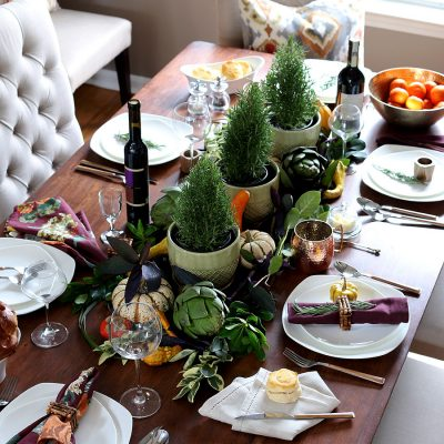 A Casual and Elegant Thanksgiving Table