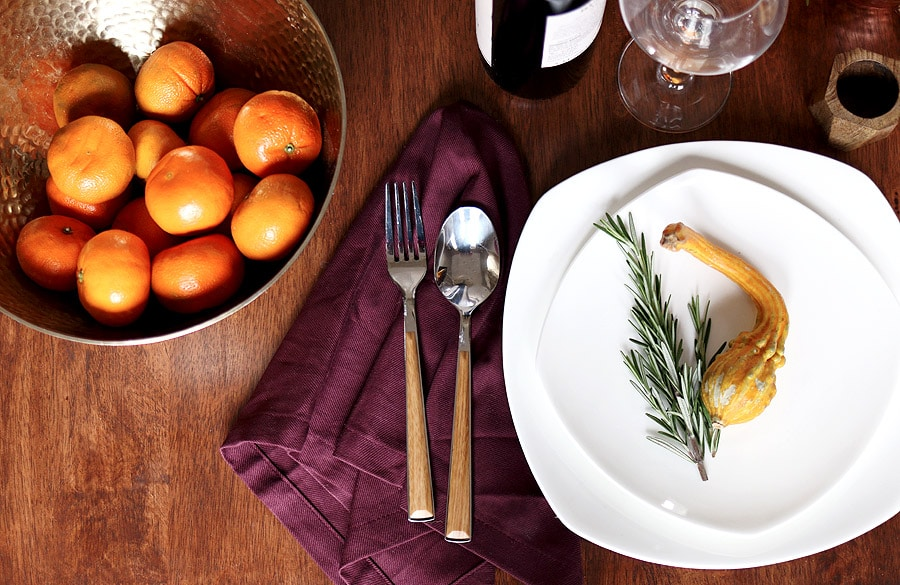Thanksgiving holiday table setting via Jen Woodhouse