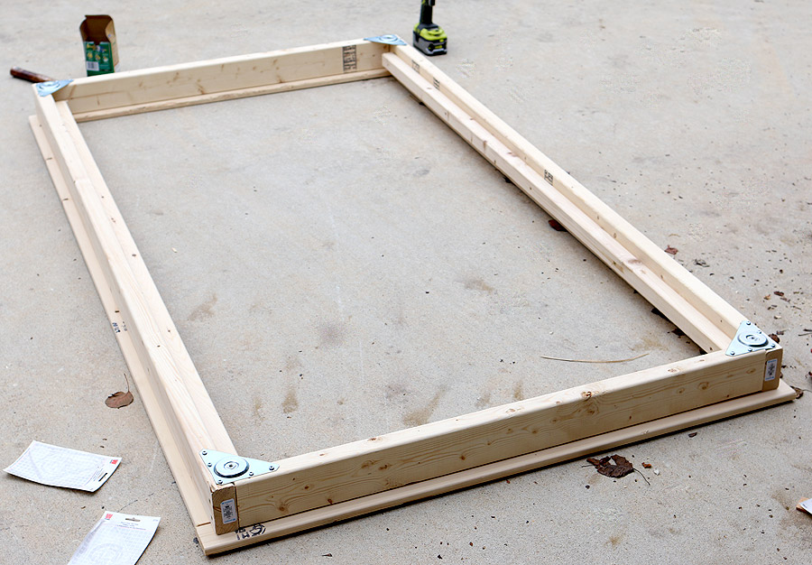DIY Twin Platform Bed via Jen Woodhouse