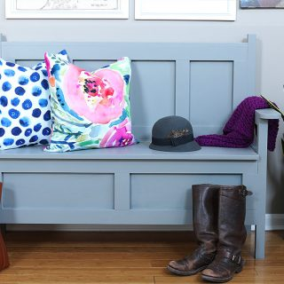 How to build a DIY storage bench. Free building plans by Jen Woodhouse
