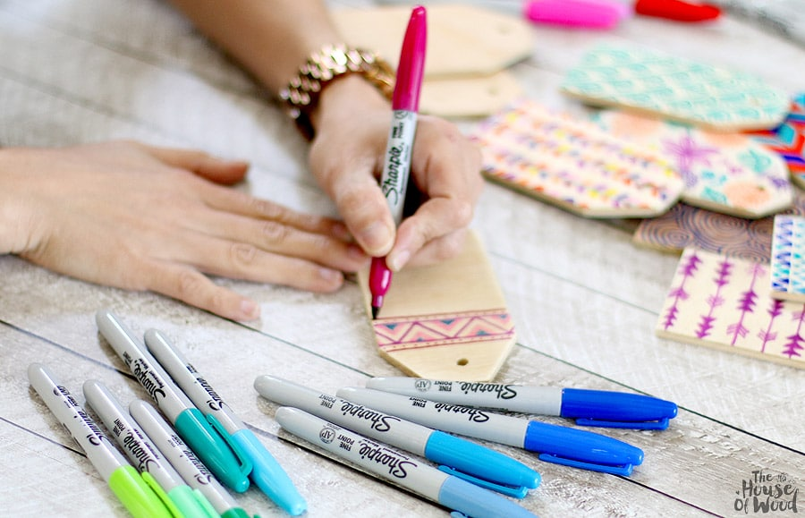 How to make DIY wood name tags via Jen Woodhouse