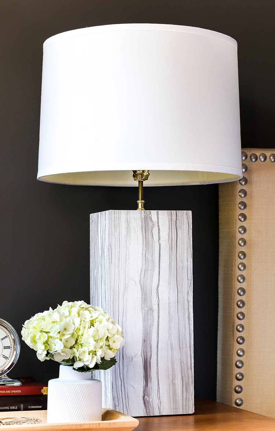 How to make a DIY marble lamp out of tile! Via Jen Woodhouse