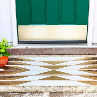 Beautiful! She shows you how to make a DIY wooden doormat. LOVE the tribal vibe!
