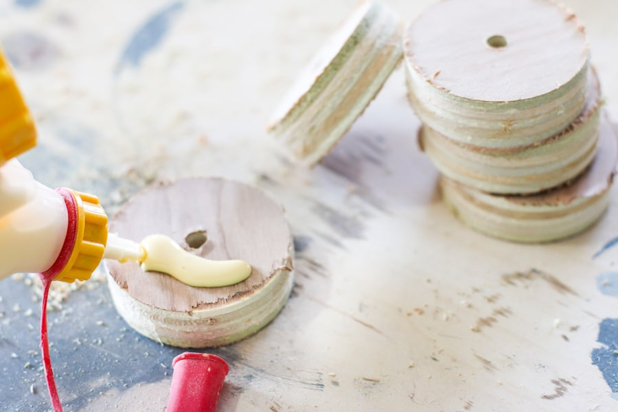 How to make DIY candleholders out of scrap plywood