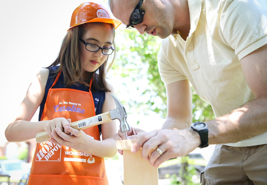 What a fun construction-themed birthday party! Kids can build things!