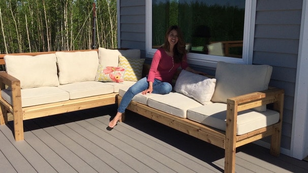 How to build a DIY outdoor sectional sofa