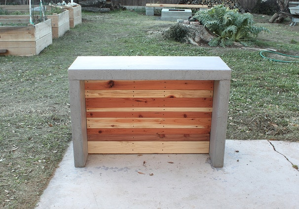 How to build a DIY outdoor concrete bar