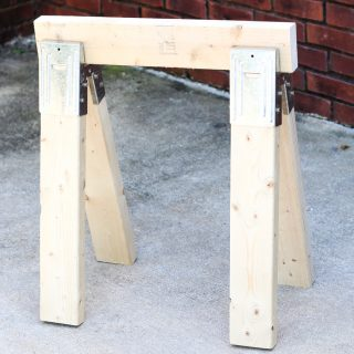 How to make the easiest DIY sawhorse ever!