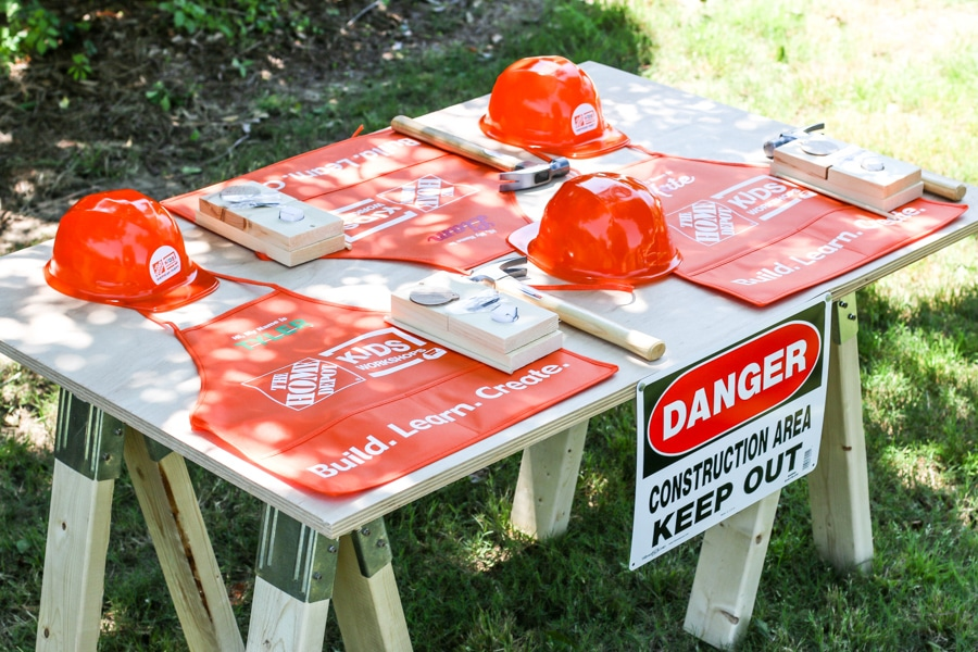 Did you know you can buy party supplies and kids workshop kits from HomeDepot.com? Adorable construction-themed kids party where kids can build stuff!