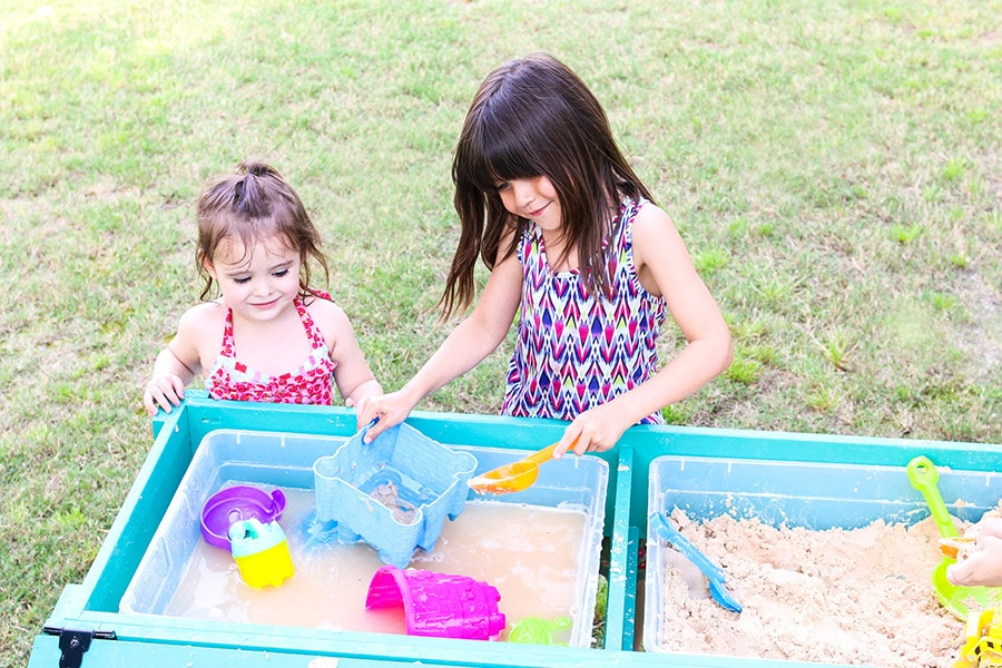 How to build a kids' sand and water table. Tutorial by Jen Woodhouse