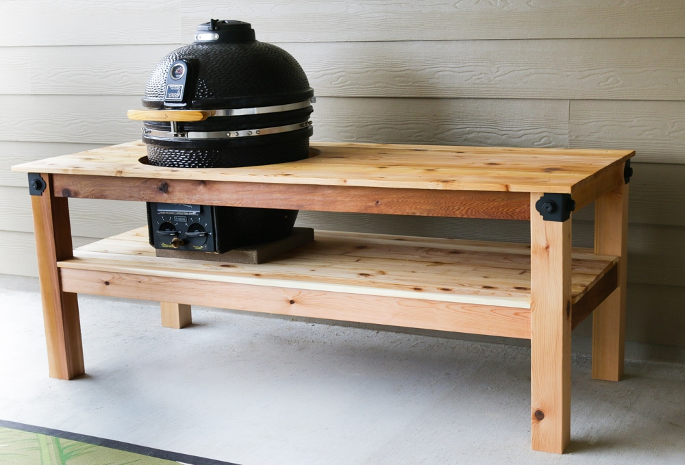How to build a DIY big green egg table - free plans by Jen Woodhouse