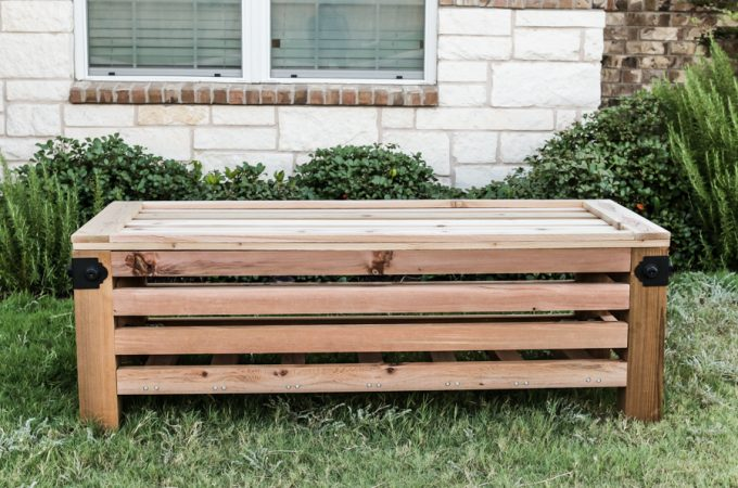 How to build an outdoor storage ottoman