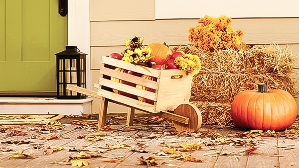 Build a rustic Fall wheelbarrow at The Home Depot's free DIH Workshop!