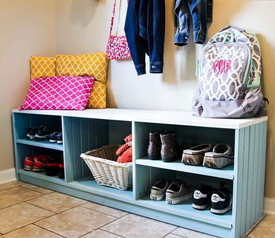 How to build a DIY mudroom storage bench