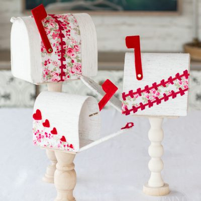 DIY Valentine's Day Mailboxes