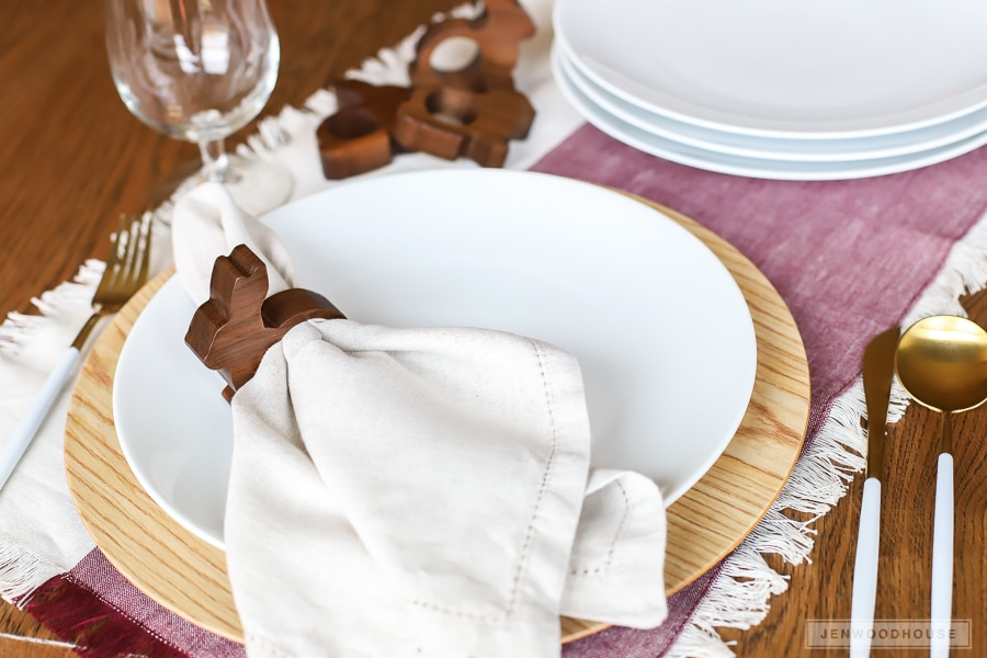 How to make adorable DIY wood bunny napkin rings for your Spring table setting