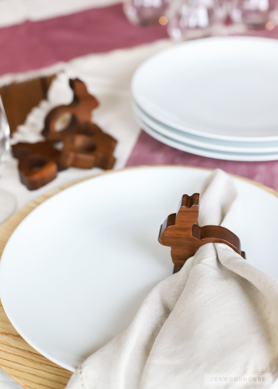 How to make these adorable DIY wooden bunny napkin rings - perfect for a Spring tablescape!