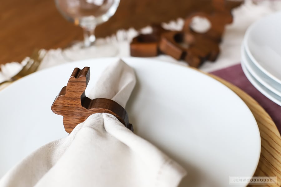 Adorable wood bunny napkin rings - perfect for a Spring table!