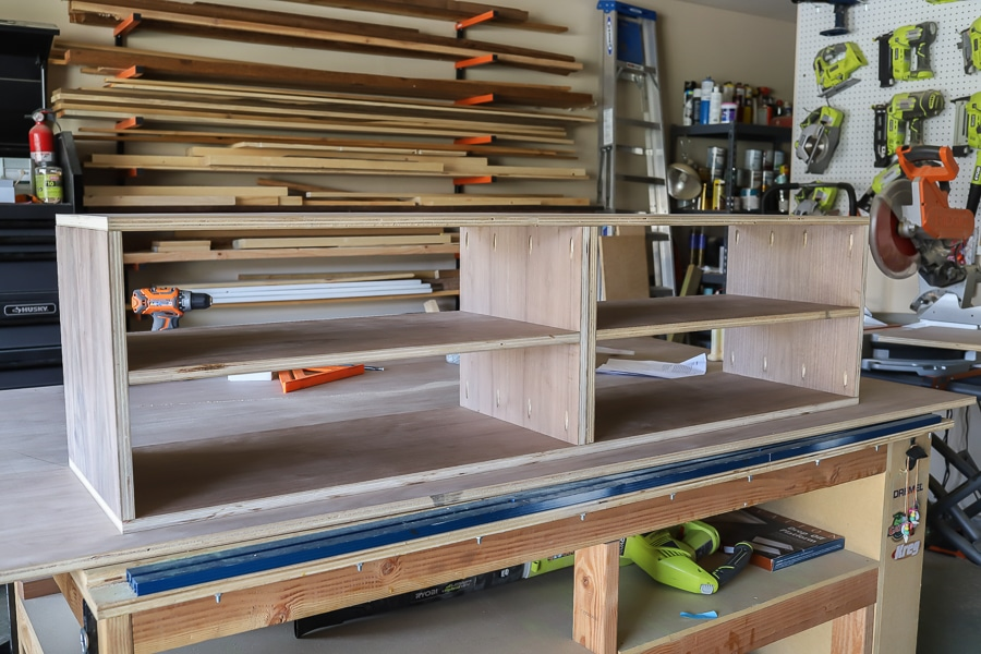 How to build a DIY entertainment center - the center console carcass