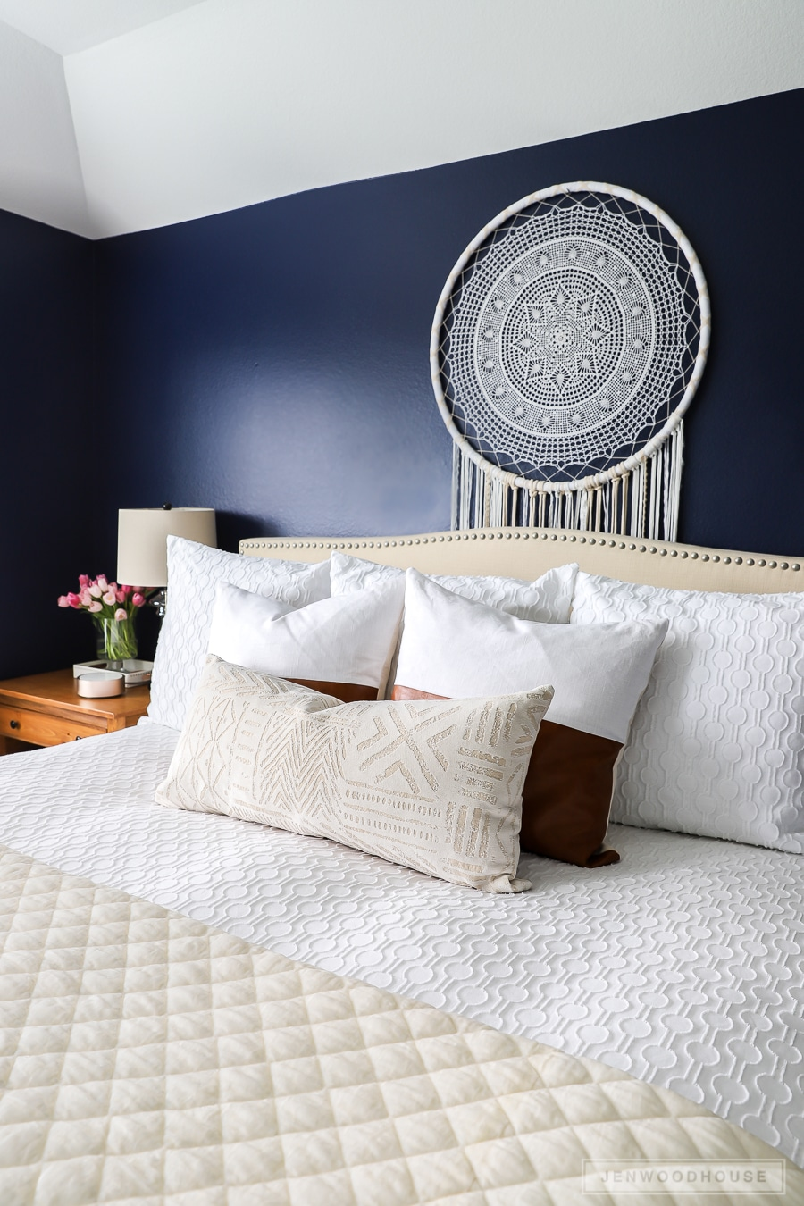 Spring decorating ideas for the master bedroom