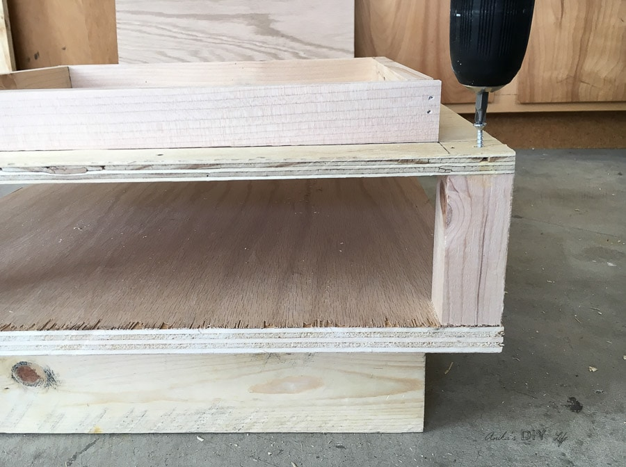 How to build a chunky tiered end table