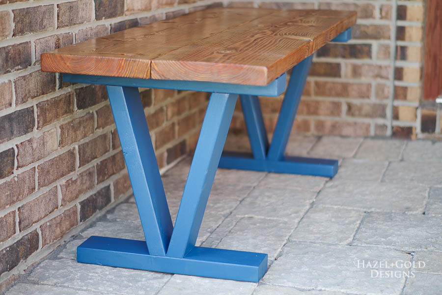 Easy DIY Outdoor Bench - Finished left side