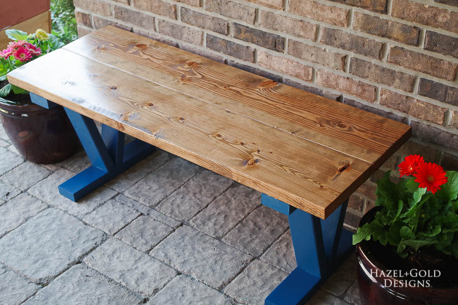 Easy DIY Outdoor Bench - horizontal