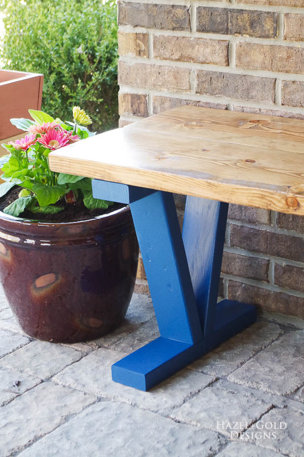 Easy DIY Outdoor Bench - vertical image