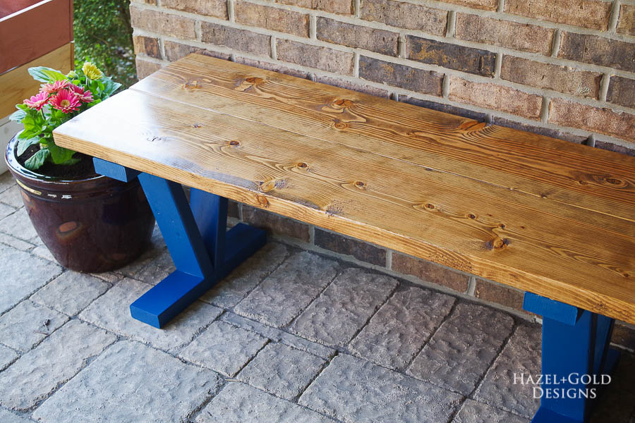 Easy DIY Outdoor Bench - Finished