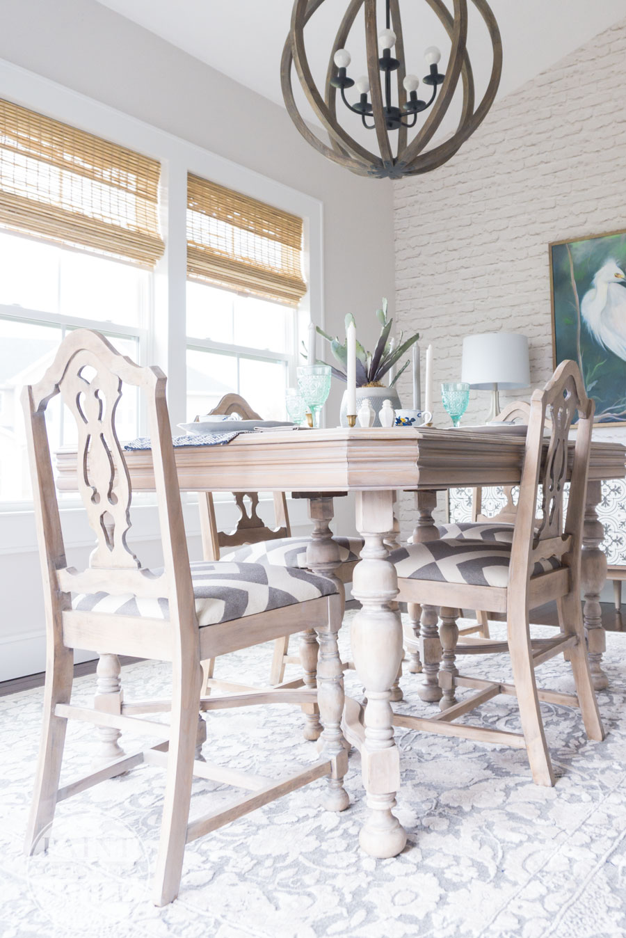 Weathered Whitewash Finish with Chalk Paint (Old is New ...