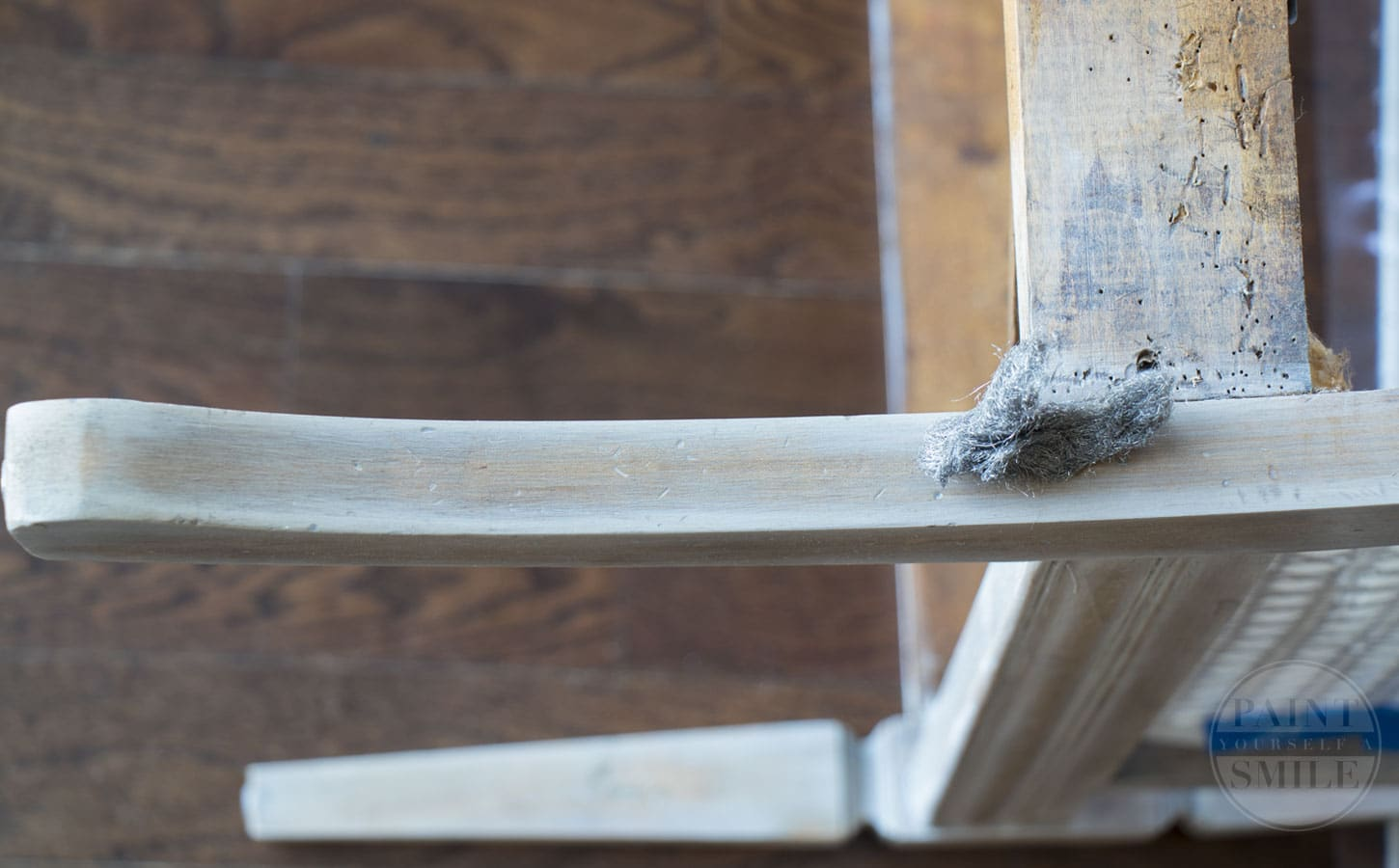 Whitewash Wood Finish & Tutorial. Simple steps to achieve gorgeous whitewashed wood.