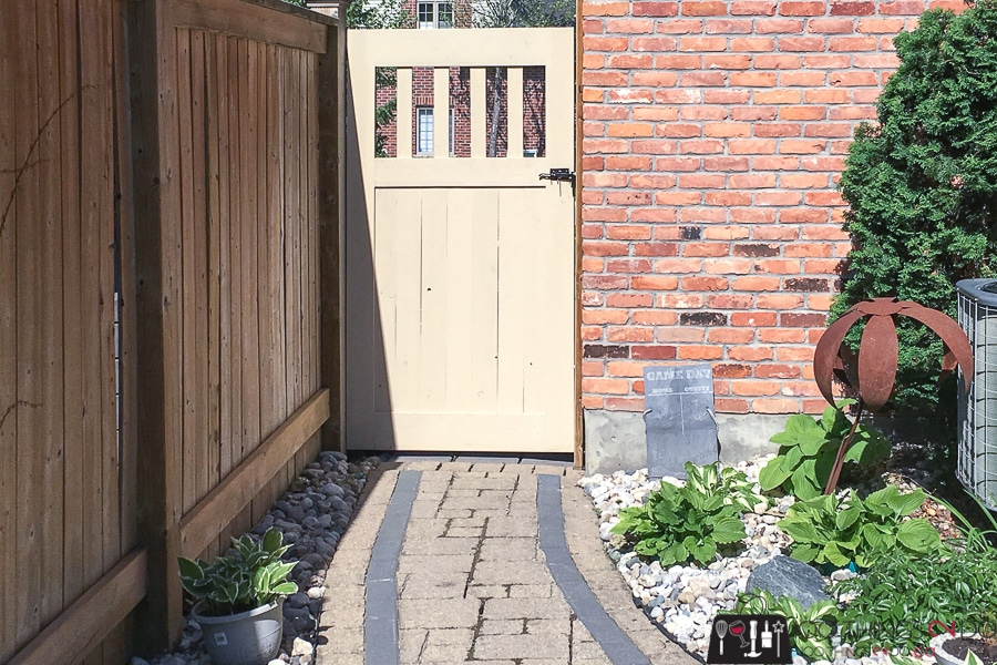 How To Make A DIY Garden Gate - Free building plans and ...