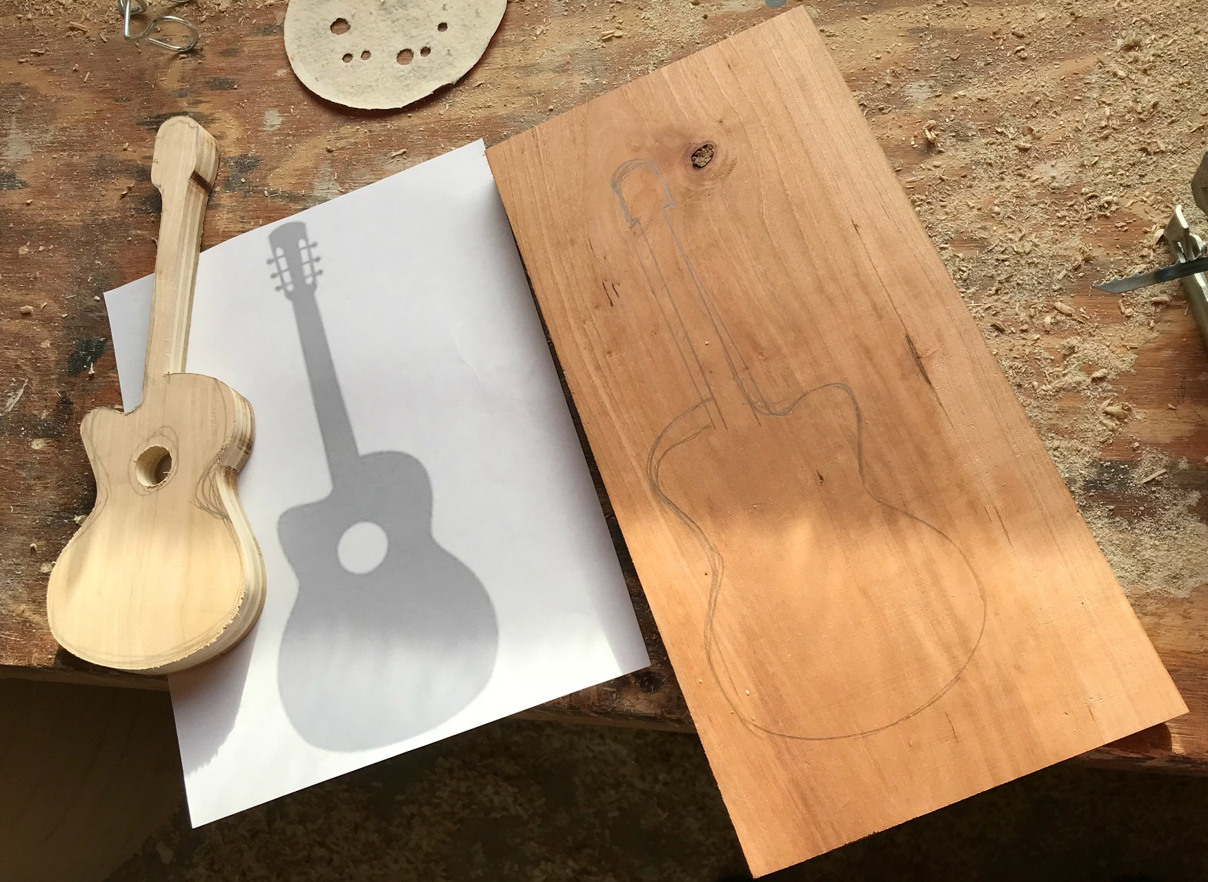 Sketch out Guitar Shape for DIY Bookends